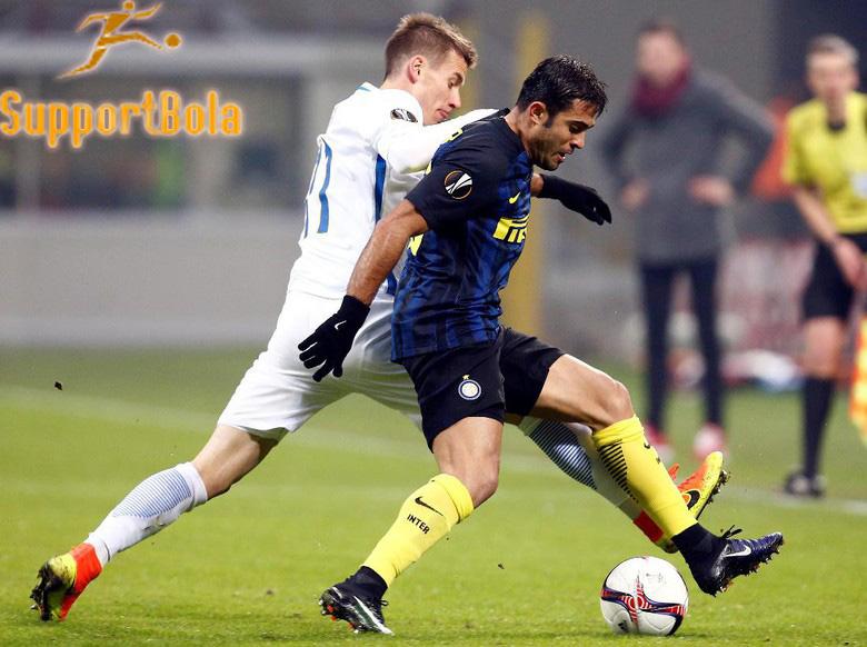 Inter Taklukkan Praha 2-1 di Matchday Terakhirnya