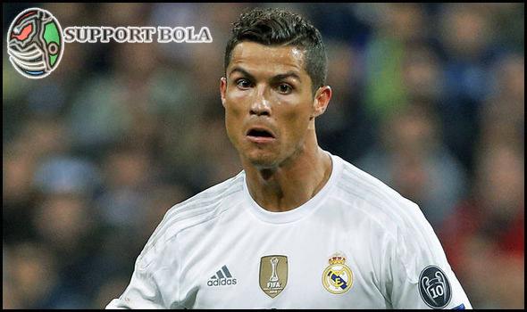 Tolak Tawaran Klub Tiongkok, Cristiano Ronaldo Akan Tetap Di Madrid