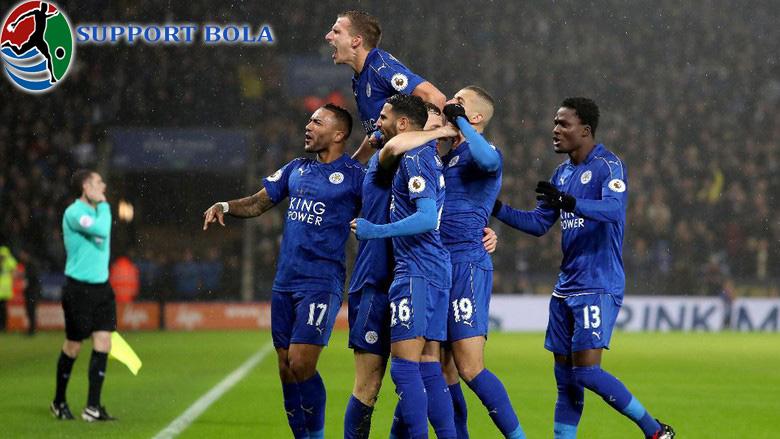 Vardy Hat-trick, Leicester Bungkam City Dengan Skor 4-2