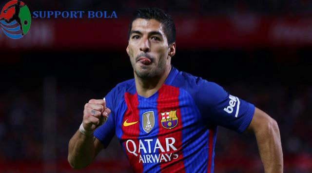 Suarez Bersuara Usai Menandatangani Kontrak Dengan Barcelona