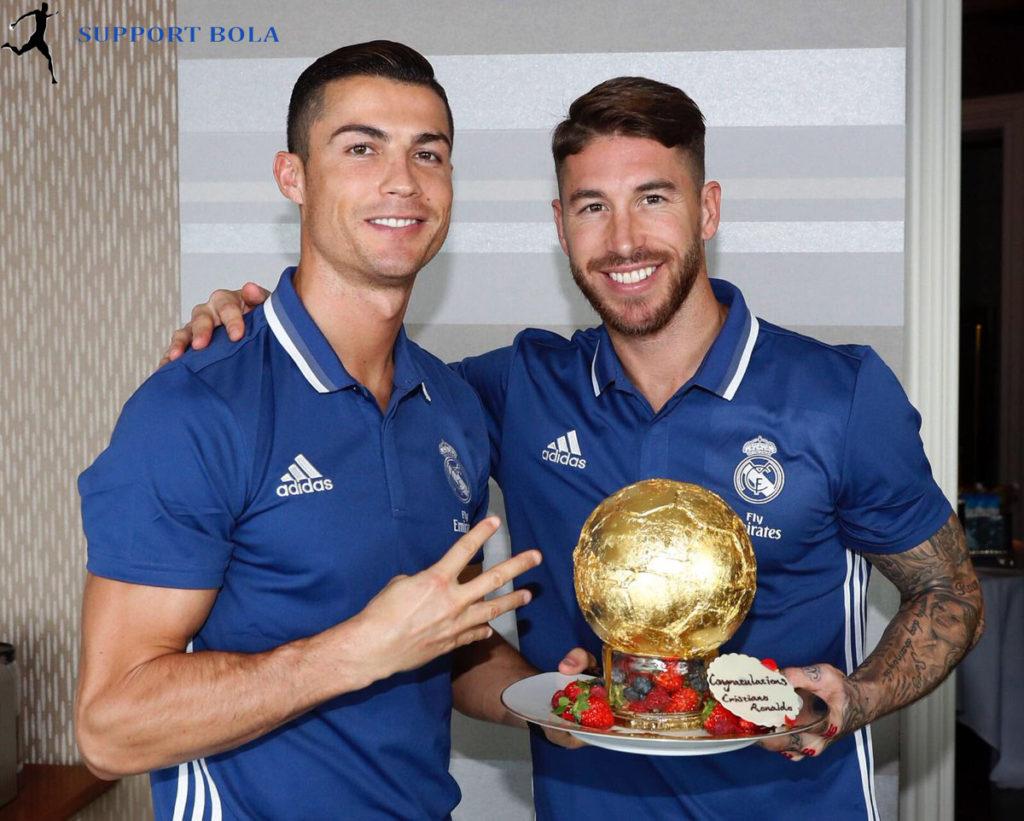 Tidak Ketinggalan Ramos Juga Mengucapkan Selamat Ke Ronaldo