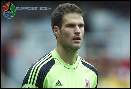 Chelsea Tolak Tawaran 10 Juta Pounds Untuk Asmir Begovic