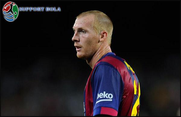 Jeremy Mathieu Sesalkan Barcelona Tidak Bisa Meraih Kemenangan