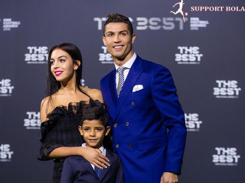 Tidak Luput Juga Di Bandingkan Anak Messi Dan Ronaldo