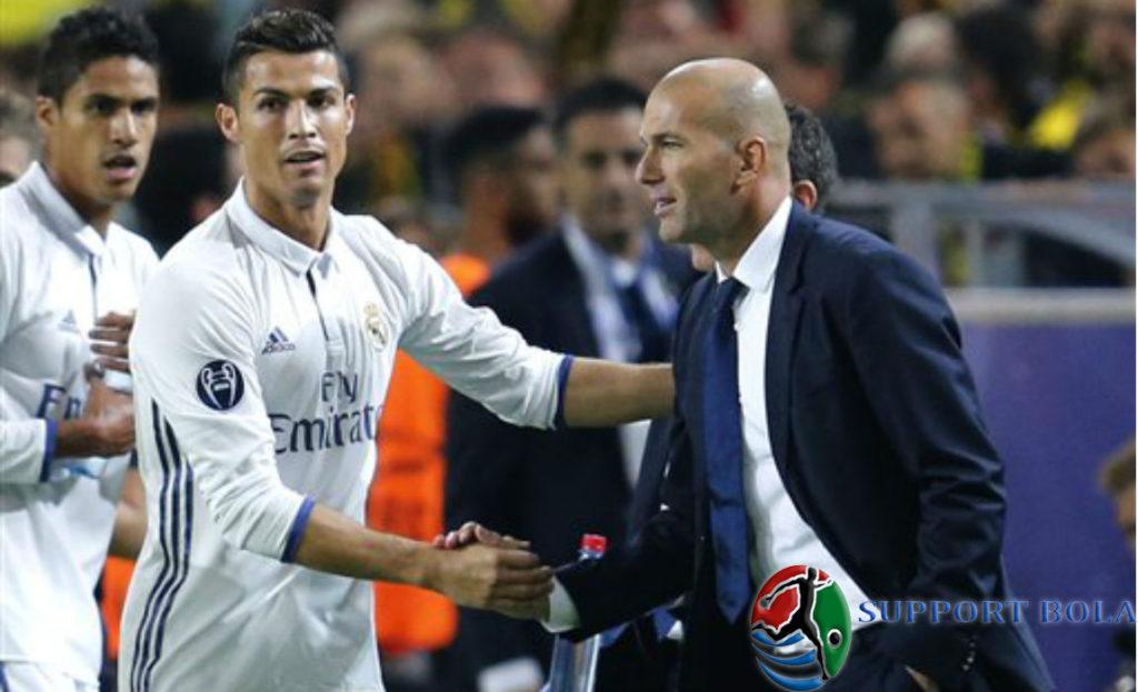 """CR7 Sudah Tidak Lagi Di Cemooh Para Fans,""""Ungkap Zidane"""