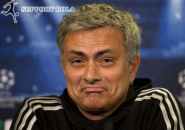 Mourinho Sampaikan Pesan Bijak Di Malam Tahun Baru