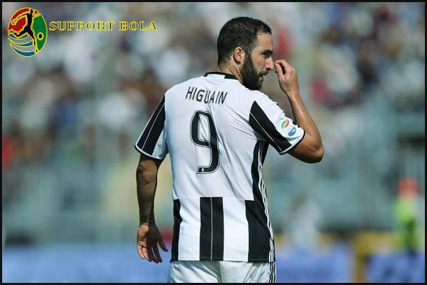 Gonzalo Higuain Bermain Untuk Juventus Bukan Karena Masalah Gaji