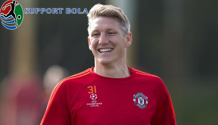 Schweinsteiger Kini Masuk Ke Skuat Liga Europa Di Tim MU