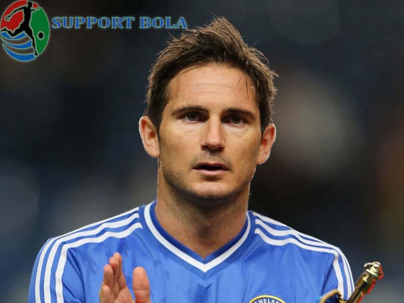 """Saya Sungguh Tak Mengerti Apa Yang Di Pikirakan Lampard,""""Ungkap Conte"""