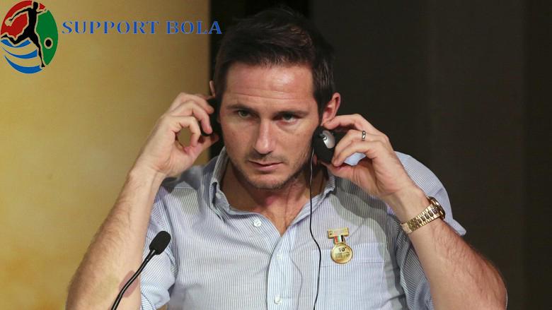 Memang Sebelum Pensiun Sempat Di Dekati Swansea Namun Lampard Menolak