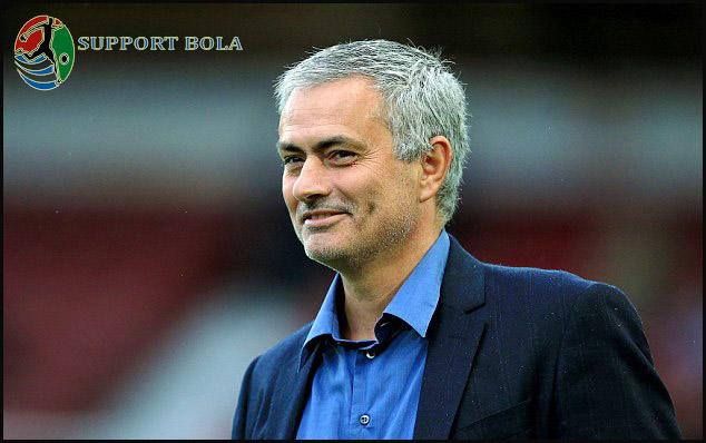 Jose Mourinho Ingin Datangkan Pemain Baru Saat Musim Panas