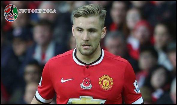 Tidak Belanja Bek Baru, Luke Shaw Tetap Di Pertahankan Mourinho