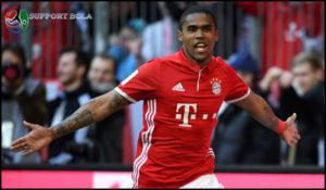 Ingin Semakin Berkembang, Douglas Costa Pindah Ke Juventus