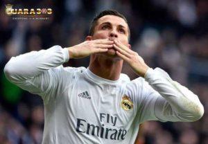 Kalahkan PSG, Ronaldo Cetak Rekor Baru
